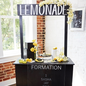 Black and White Lemonade Stand