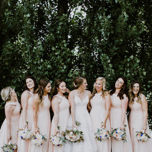This Classically Beautiful Wedding is Summery and Sweet!