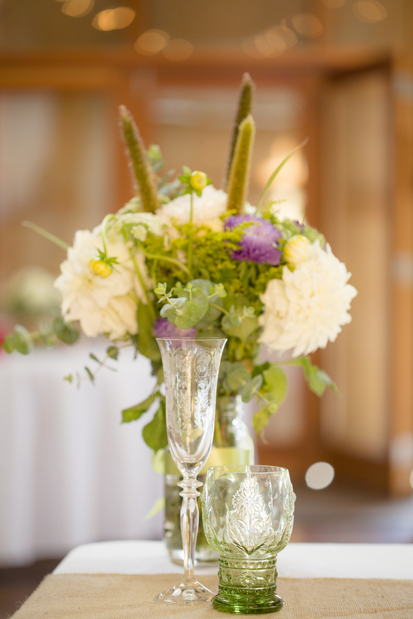 The Simple Centerpieces Let the Gorgeous Venue Shine
