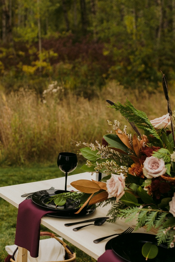 Organic fall wedding table