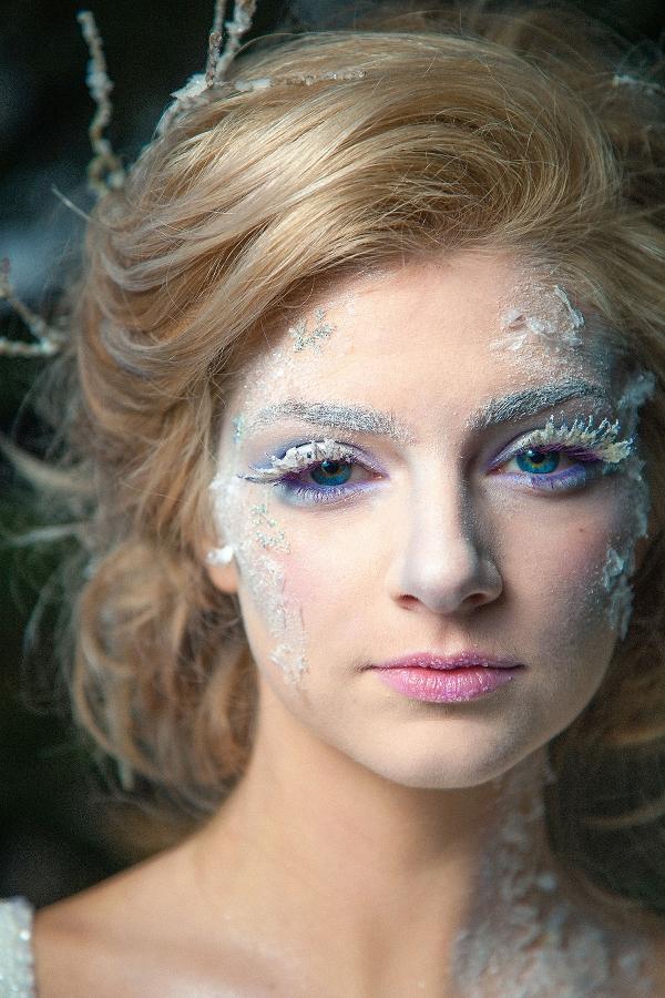 Bride with Exquisite Icy Makeup Artistry