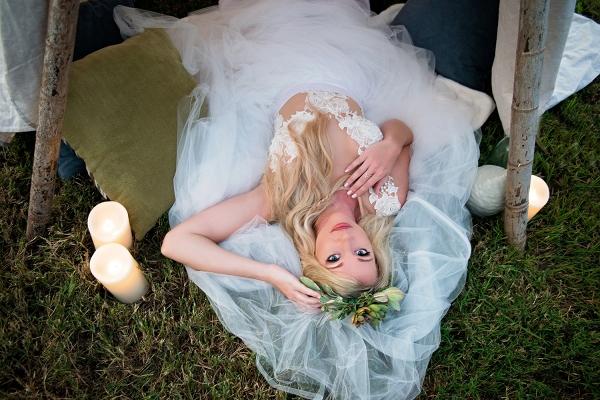 Bohemian Bridal Portraits In A Tipi