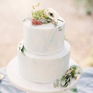 Marble-Inspired Wedding Cake