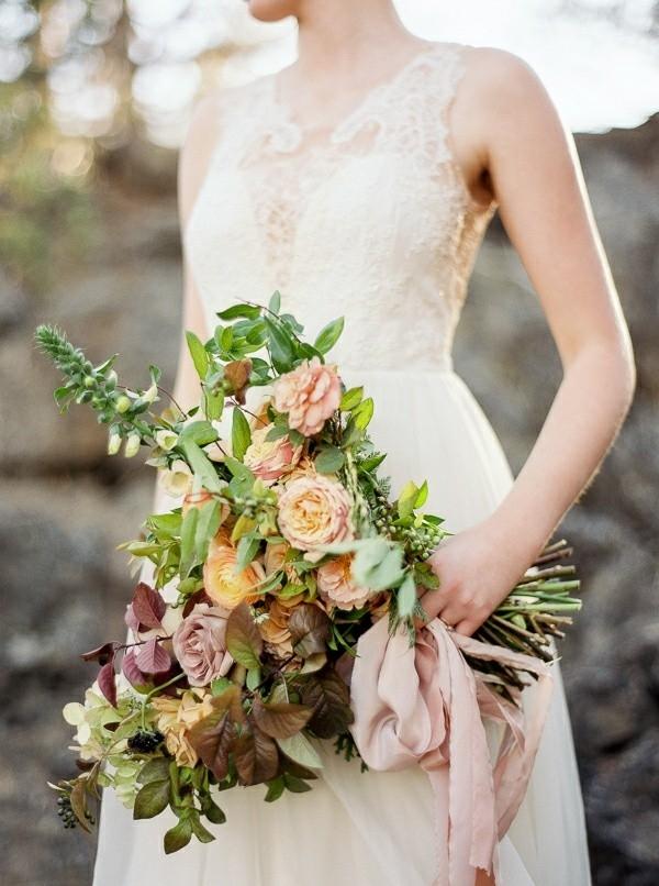 Earth Inspired Wedding Ideas | Alexandra Grace Photography