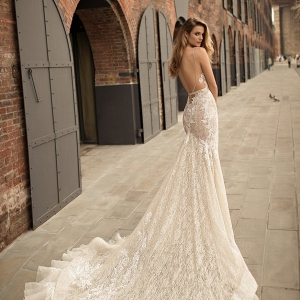 Open back wedding dress on Belle the Magazine