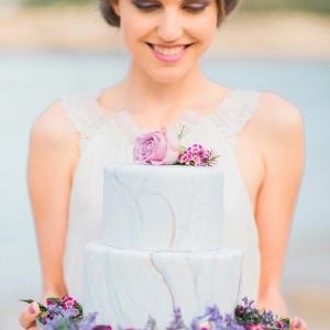 Marble print wedding cake
