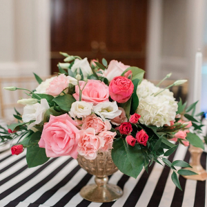 Pink centerpiece on Belle the Magazine