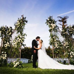 Ceremony door backdrop