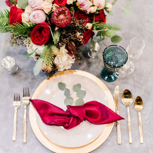 Burgundy wedding place setting