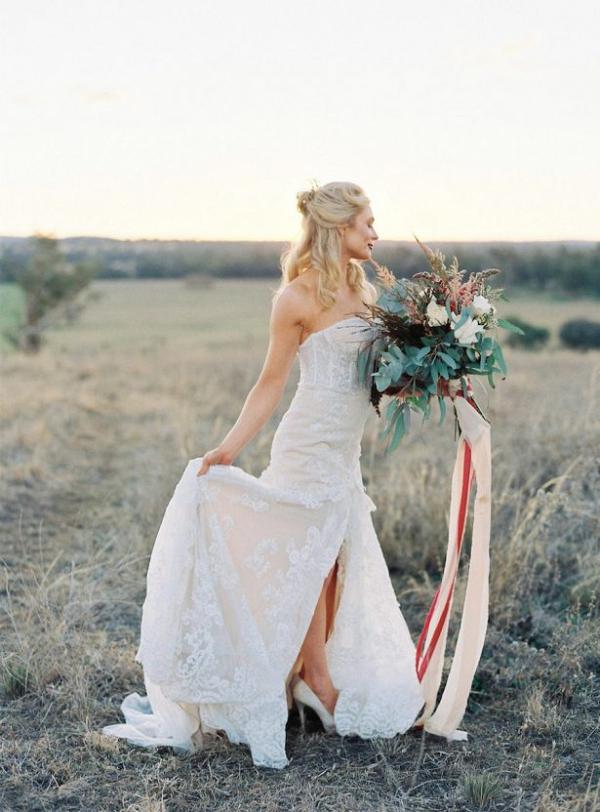 Chic boho bride