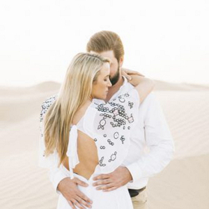A dreamy engagement session in the desert by Lizelle Goussard Photography