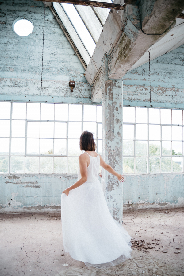 industrial chic elopement inspiration by sophia veres photography on B.loved blog
