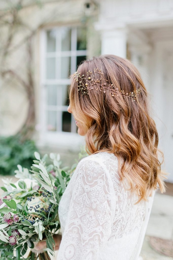 bridal hair and headpiece details