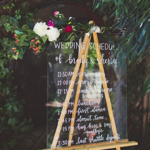 wedding program sign on Bridal Musings