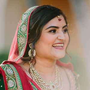 Bride in sari on Bridal Musings