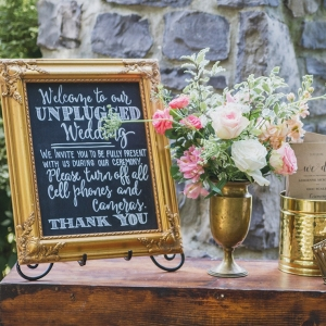 Unplugged wedding sign on Bridal Musings