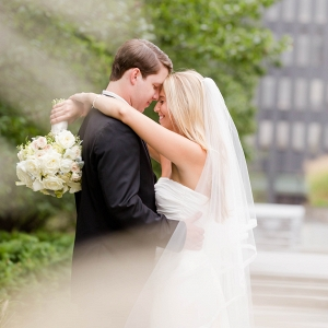 Bride Groom Dreamy Beach Inspired Pittsburgh Wedding