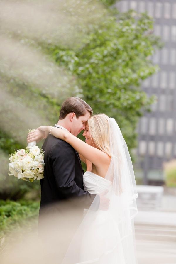 Bride Groom Dreamy Beach Inspired Pittsburgh Wedding