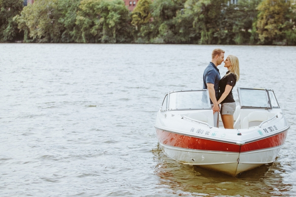 Photographer Boat Bride Groom Unique Engagement Session Water