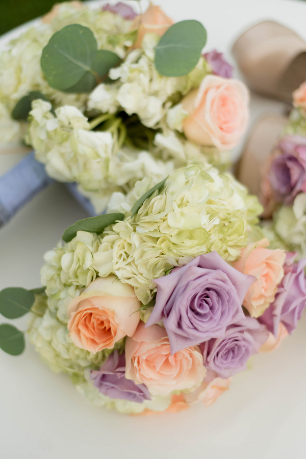 Bouquets Roses Hydrangeas Pastel Colors Lovely Purple Bridesmaids Dresses Romantic Garden Wedding