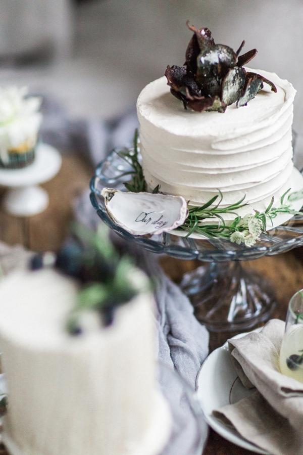 Mini Cakes on Burnett's Boards