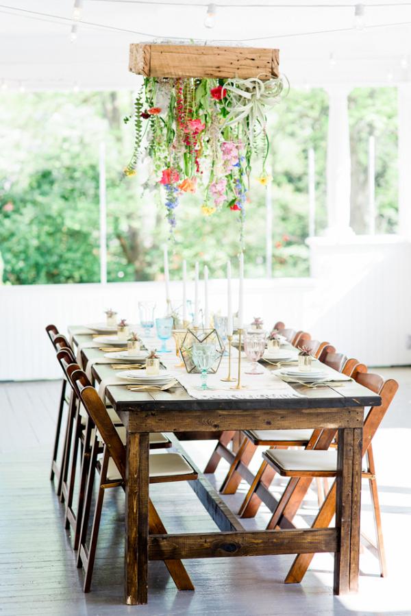 Hanging floral centerpiece