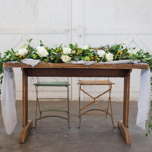 Romantic rustic sweetheart table