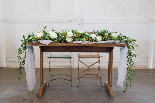 Romantic rustic sweetheart table