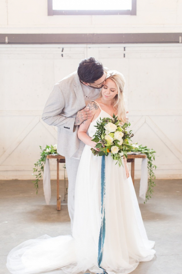 Kumquat and teal wedding inspiration