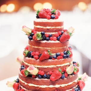 Naked Wedding Cake | Photography - Taylor & Porter