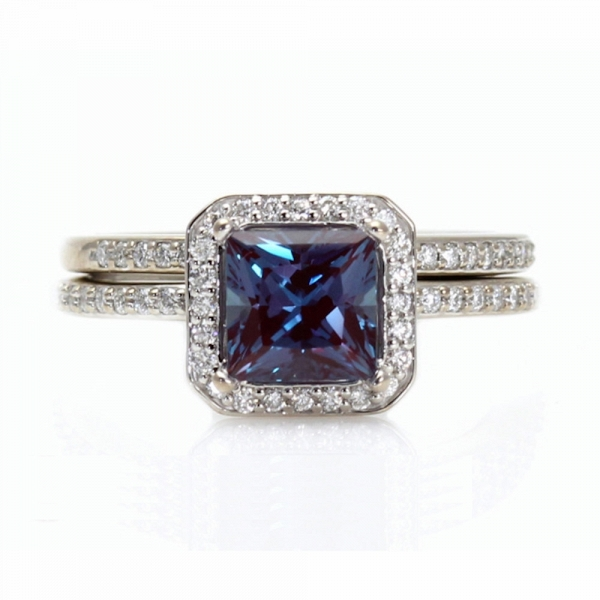 Alexandrite Engagement Ring Amp Diamond Wedding Band Aisle