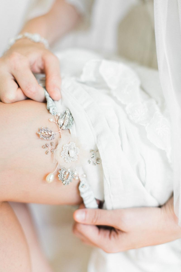 Coralie Garter from Edera Jewelry's Aquarelle Collection