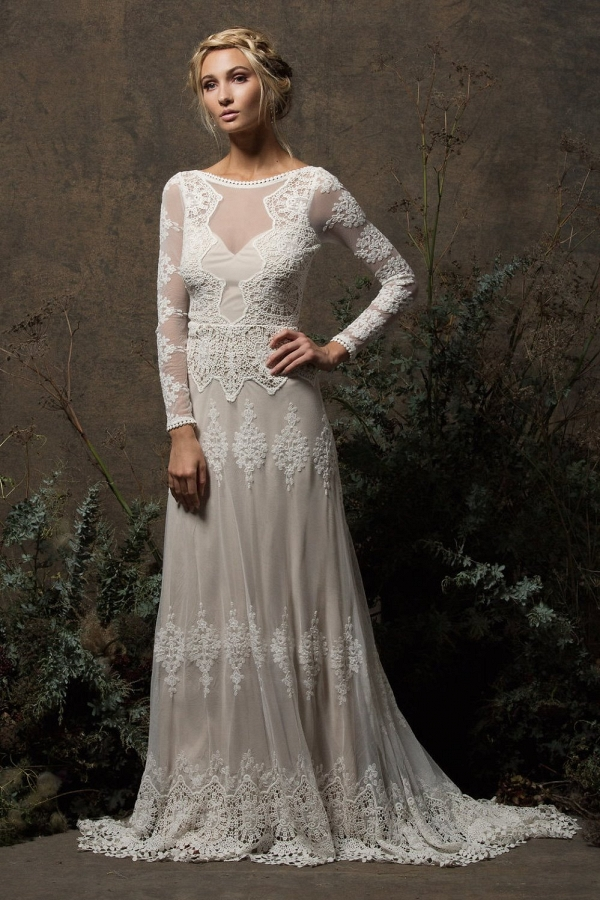 Aurora Lace Bohemian Wedding Dress