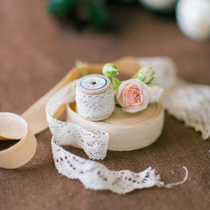 Lace Bouquet Ribbon for a Vintage-Inspired Bride
