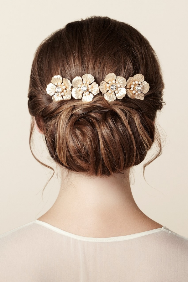 Timeless Gold Floral Bridal Hair Comb from Elizabeth Bower