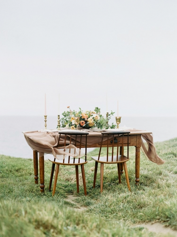 Sweetheart table on Chic Vintage Brides