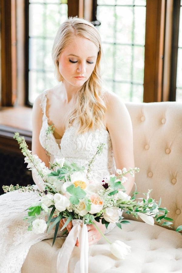 Vintage bride in lace wedding dress