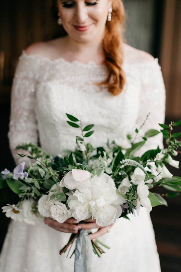Organic white and greenery bridal bouquet