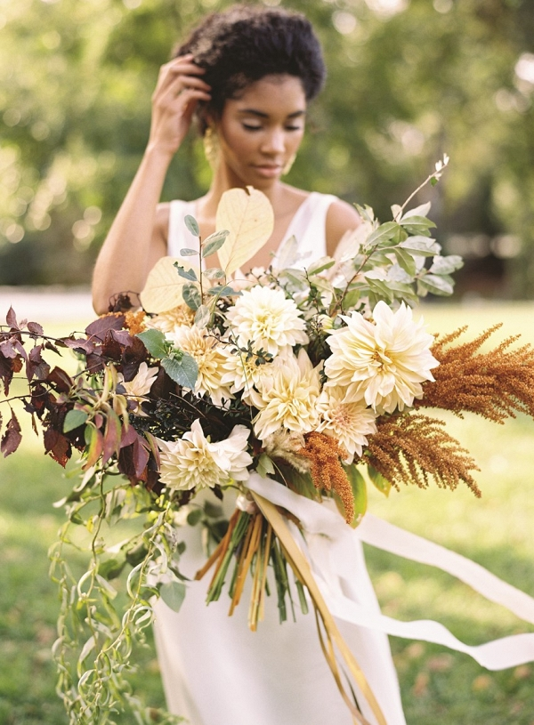 Beautiful Fall Bridal Bouquet with a Foraged Look