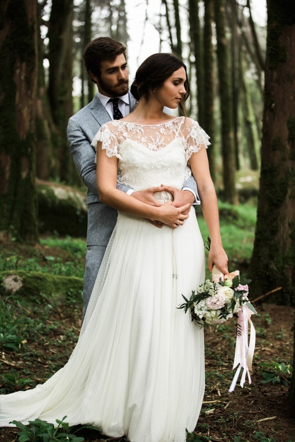 Woodland Elopement Bride & Groom