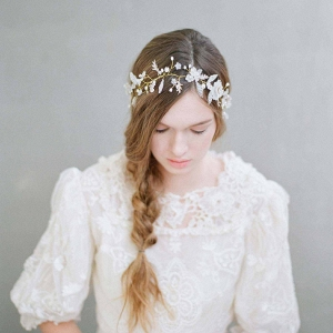 Flora Mist Bridal Hair Accessory