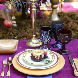 Glamorous Halloween Wedding Place Setting