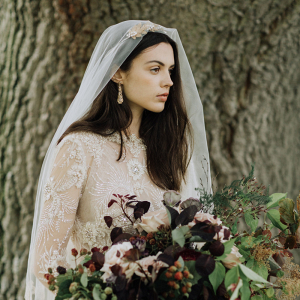 Golden Chantilly Lace Veil