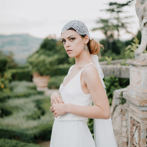 Bride with juliet cap