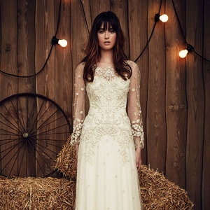 Elegant Long Sleeve Wedding Dress