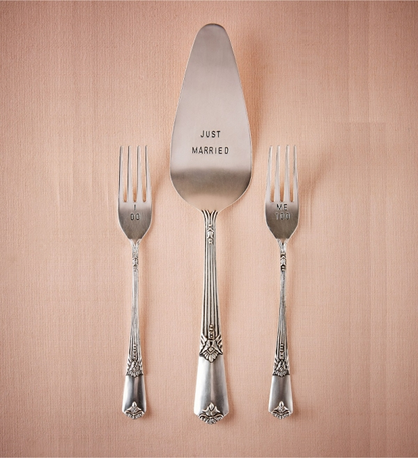 Just Married Dessert Serving Set