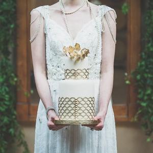 Gold & White Great Gatsby Inspired Wedding Cake
