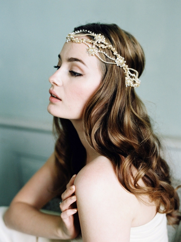 Madison Crystal Boho Bridal Headpiece by Jannie Baltzer. Photography by Sandra Åberg Photography