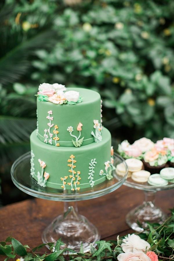 Spring green floral wedding cake