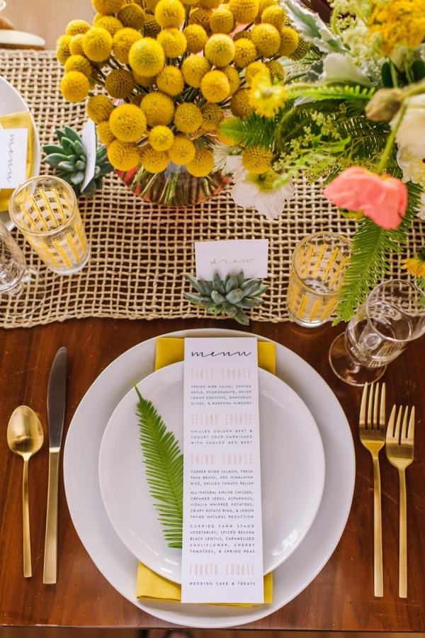 Mid-Century Inspired Wedding Place Setting | Photography - Amanda Dumouchelle Photography